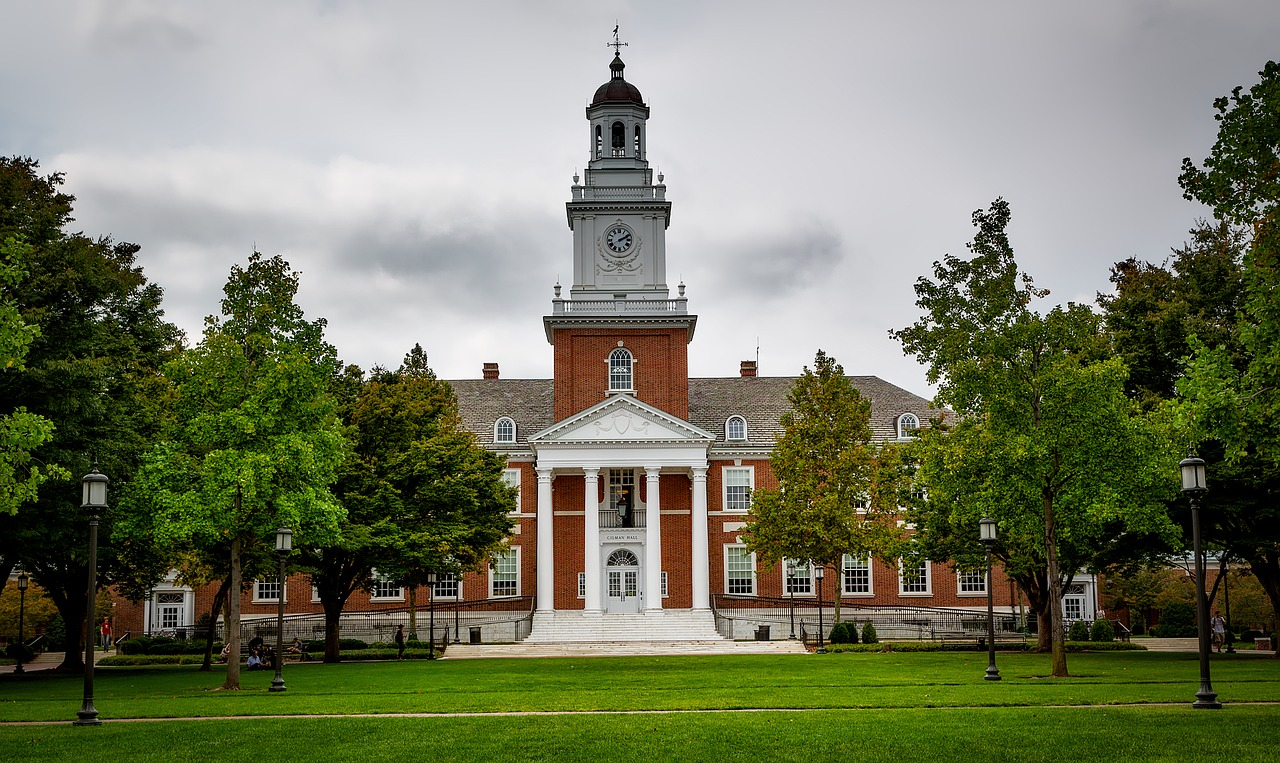JHU Bids Farewell to Legacy Admissions